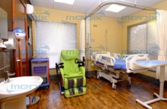 Se instalaron camas de silla de hospital en el Hospital St. Paul