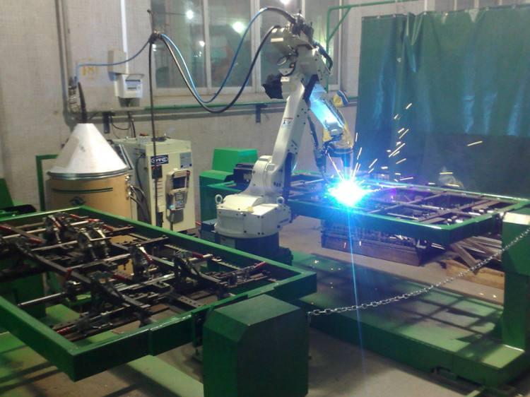 El centro de soldadura robotizada y la línea de ensamblaje inteligente fueron equipados para abrir una nueva era de sistema de producción inteligente.