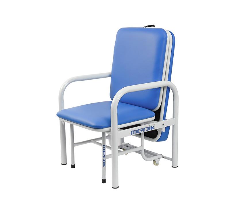 Silla cama esmaltada en color gris y colchón azul MK-A06
